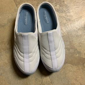 6.5 M Easyspirit estravel time wht/Lt blue Leather